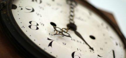 W weekend przestawiamy zegarki