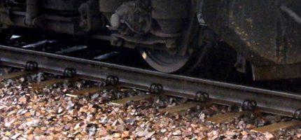 Pociąg śmiertelnie potrącił człowieka