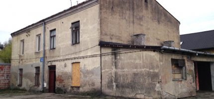 Kolejne budynki przy Placu Króla Zygmunta Starego do rozbiórki