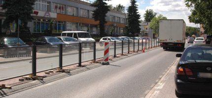 Nowe bariery na Sienkiewicza już są. A wyglądają tak [FOTO]