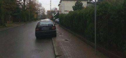 Przy przychodni na Sadowej będzie zatoka parkingowa
