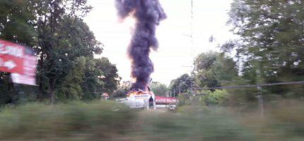 Pożar warsztatu w Milanówku. Cztery zastępy w akcji