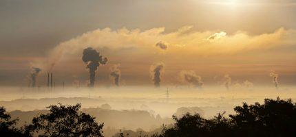 Powietrze nad regionem zanieczyszczone ponad normę. Ostrzeżenie pierwszego stopnia