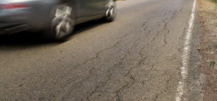 Pół kilometra powiatowej drogi do przebudowy