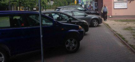 Kłopotliwe parkowanie na Zondka