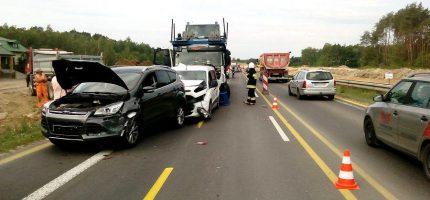 """Zderzenie czterech samochodów w Przeszkodzie. """"Efekt domina"""" [FOTO]"""