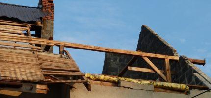 Pomóżmy rodzinie z Kozer odbudować dach nad głową [FOTO]