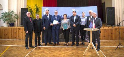 Umowy na dofinansowanie projektów edukacyjnych podpisane