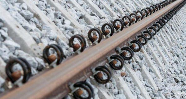 Budowa infrastruktury kolejowej do CPK kością niezgody?