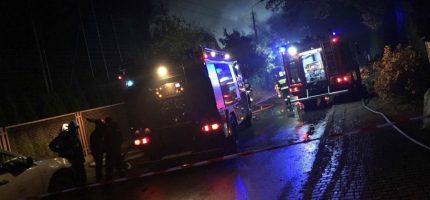 Nocny pożar w Grodzisku. Pięć zastępów straży w akcji [FOTO]