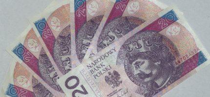 Podwyżka płacy minimalnej od początku roku. Najmniej zarabiający popracują krócej?