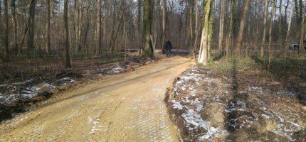 W Podkowie też budują ścieżki rowerowe