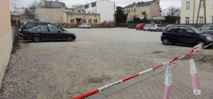 Parking naprzeciwko starostwa tylko dla pracowników