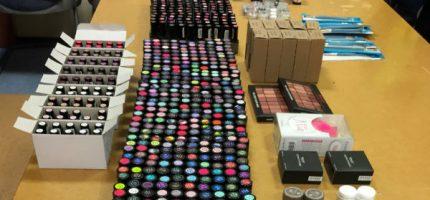 Pracownik podejrzany o kradzież kosmetyków za 12 tysięcy złotych