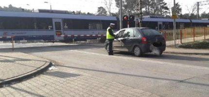 Grodziska policja: 13 wykroczeń na przejazdach kolejowych jednego dnia