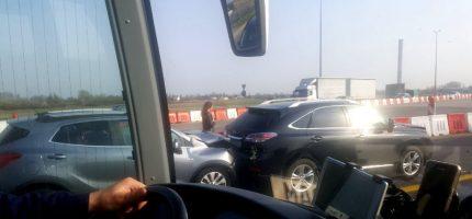 Kolizja trzech aut na autostradzie A2