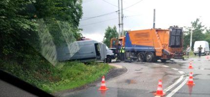 Wypadek w Książenicach. Jedna osoba w szpitalu