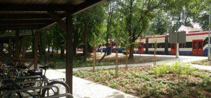Teren wokół stacji WKD zagospodarowany na nowo [FOTO]