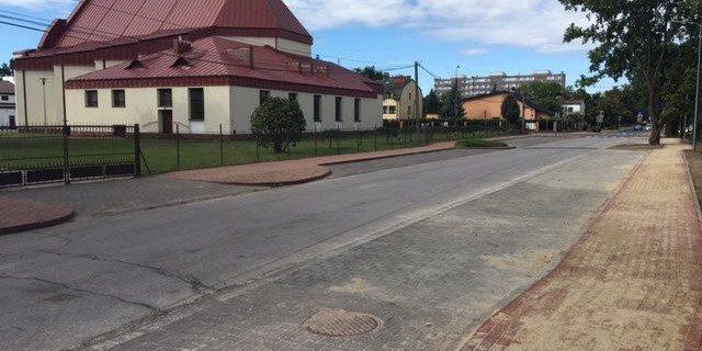 Nowe miejsca parkingowe na Armii Krajowej