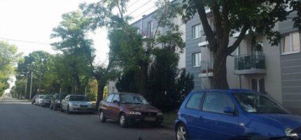 Co z zakazem parkowania na Traugutta?
