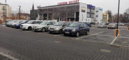 Poszerzyli strefę płatnego parkowania