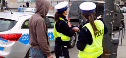 """Policyjna akcja """"Telefon"""" na lokalnych drogach"""