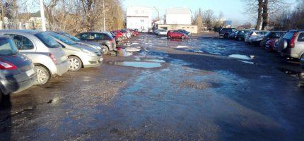 Wielu chętnych na budowę parkingu przy Traugutta