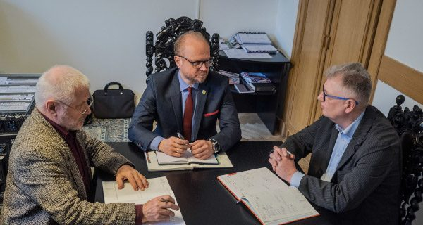 Milanówek podsumowuje studniówkę nowego samorządu