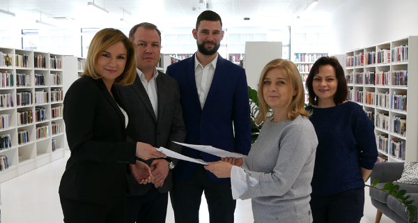 Umowa na informatyzację bibliotek podpisana