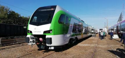 Nowy pociąg Kolei Mazowieckich zaprezentowany