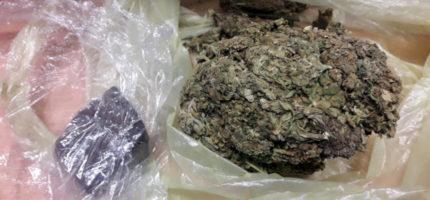 100 gramów marihuany w mieszkaniu