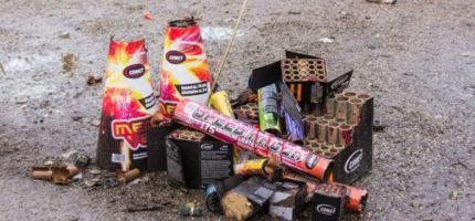 Zachowajcie ostrożność podczas zabawy z fajerwerkami