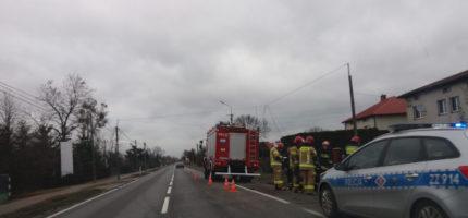 Kolizja w Natolinie, nietrzeźwy kierowca uderzył w słup [FOTO]