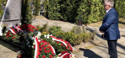 Grodziski skromnie i ostrożnie uczcił pamięć katastrofy smoleńskiej [FOTO]