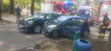 Zderzenie dwóch osobówek w Milanówku [FOTO]