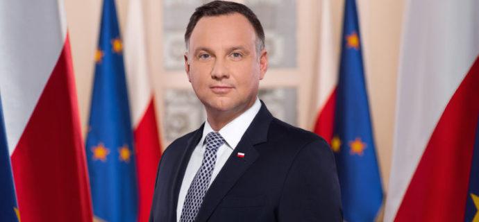 Andrzej Duda wygrywa pierwszą turę