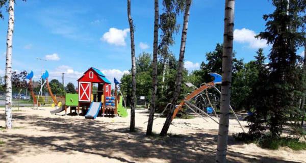 Od dziś otwarcie placów zabaw w jaktorowskiej gminie