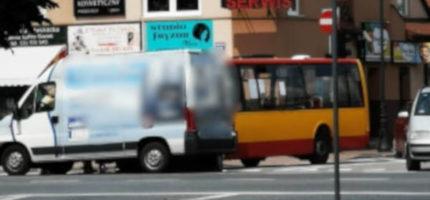 """Kolizja na Sienkiewicza. """"Autobus zderzył się z busem"""""""