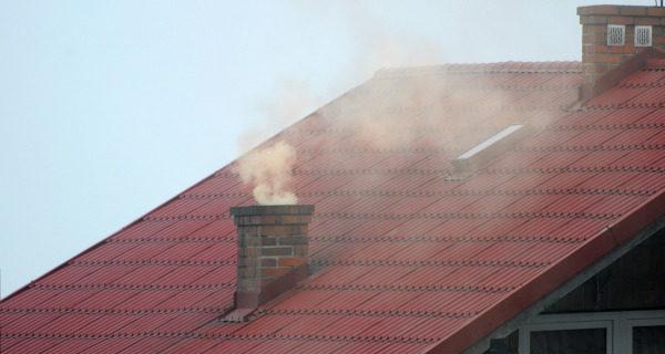 Zakaz palenia węglem w Podkowie. W kominkach z dużymi ograniczeniami
