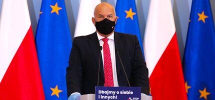 Minister finansów: Większe obostrzenia lub lokalny lockdown mogą być nieuniknione